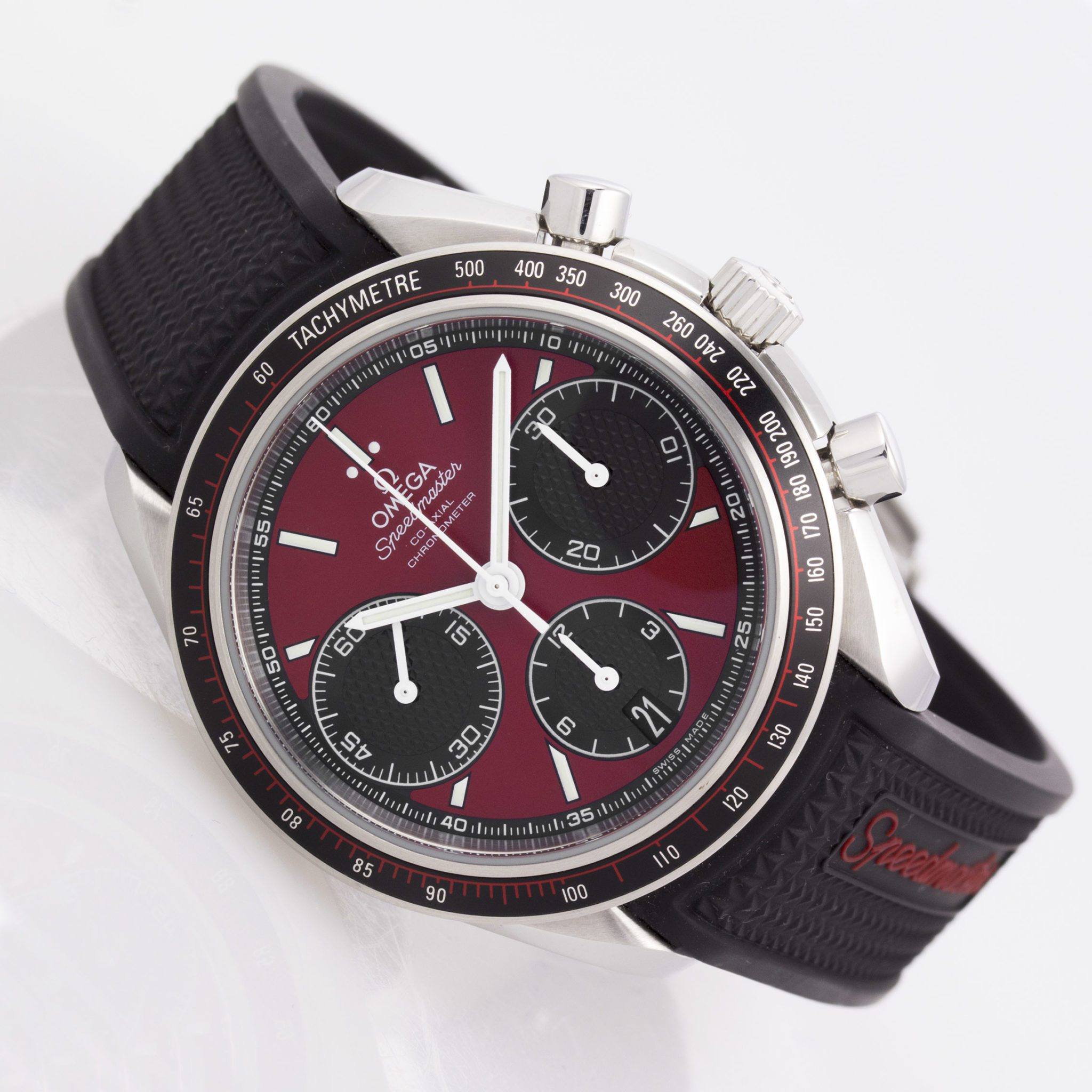 Omega - 326.32.40.50.11.001 - Speedmaster Racing 40mm - SS - Red-Blk Dial - Blk Rbr Strap - Deploy (4610) (2)